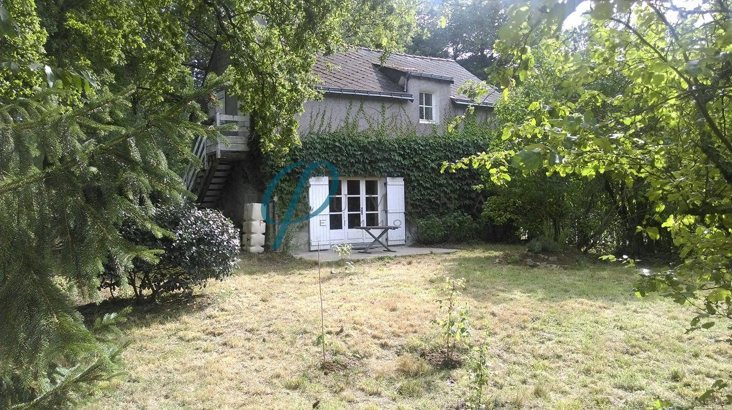 Location filumena office immobilier for Garage suce sur erdre